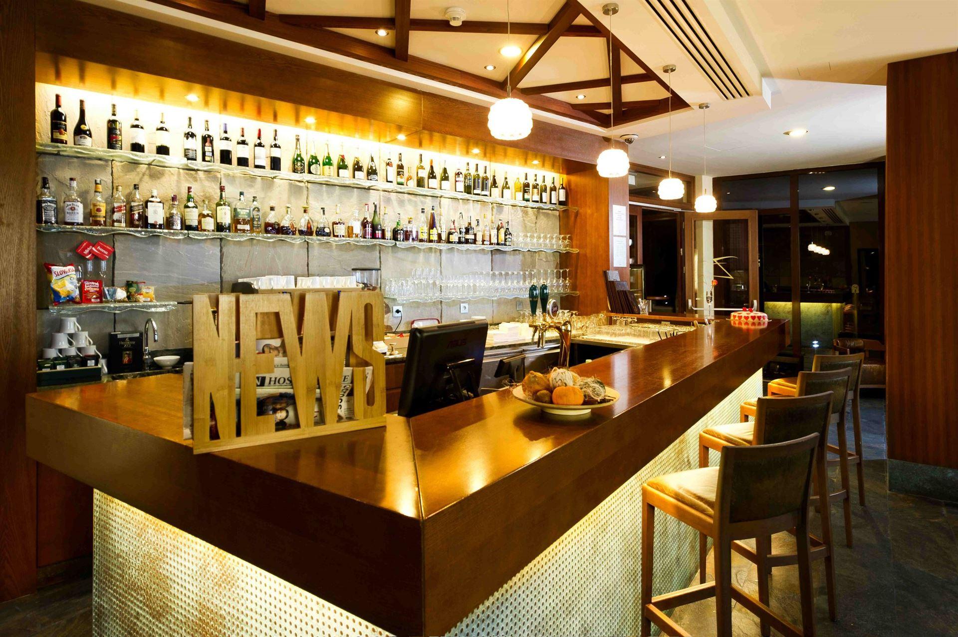 Čašník/Čašníčka pre lobby bar